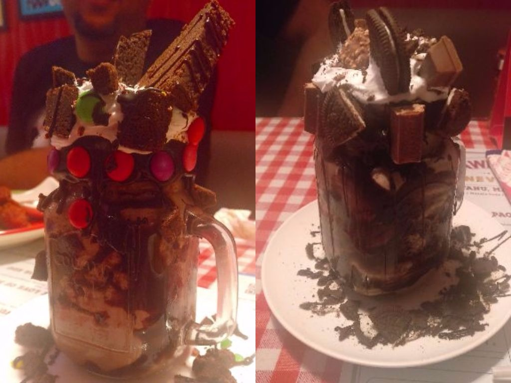 Some Freak-Shakes @ Dinshaw's Xpress Café