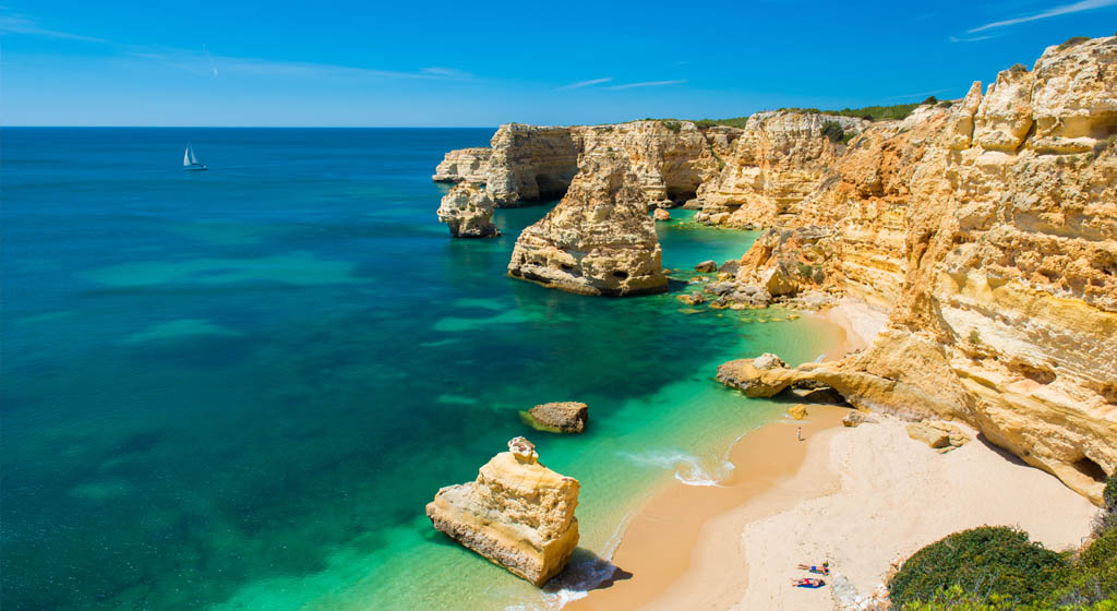 Hotel & Resort Reviews : Portugal